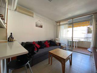Apartament a Carrer montgo, 44. Piso en l´estartit.