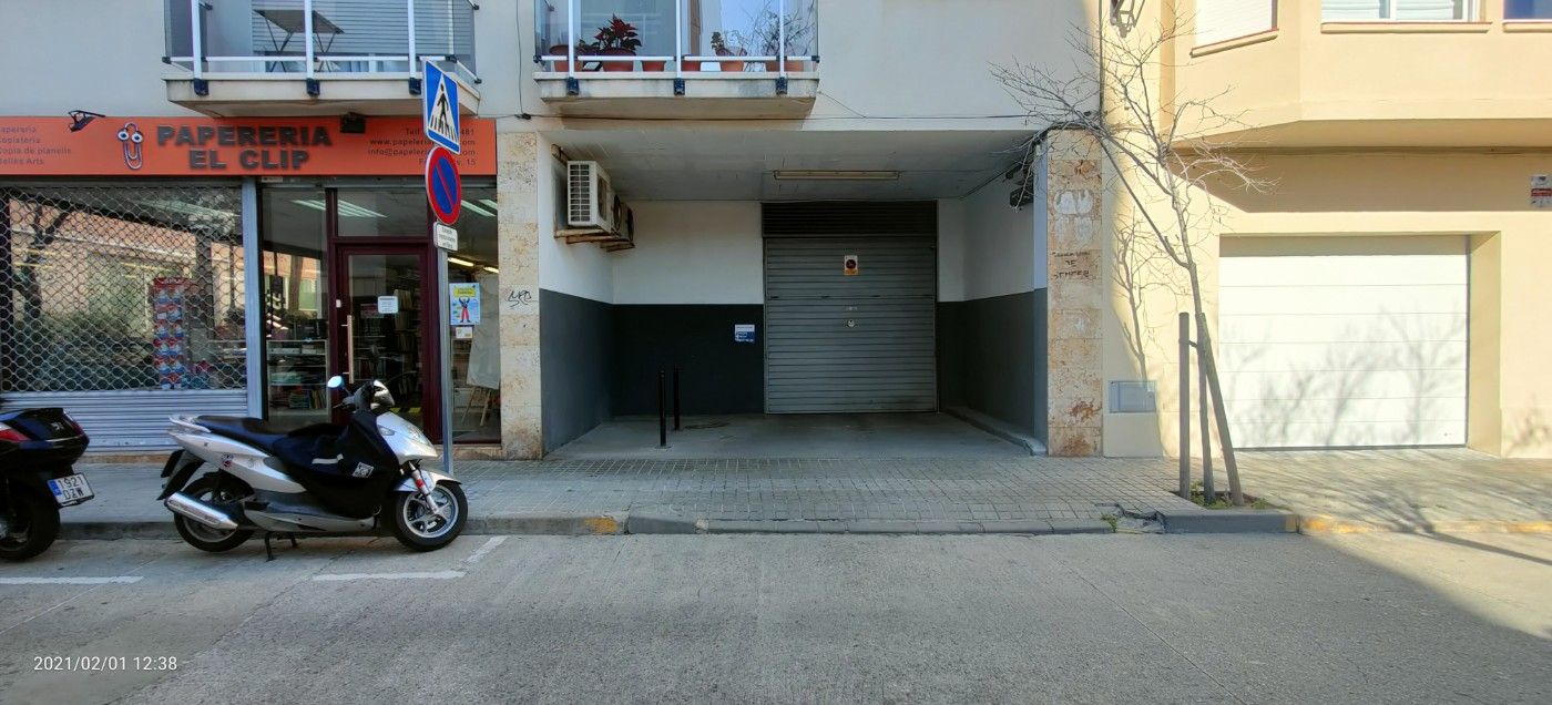 Car parking in Carrer fontanills, 15. Facil acceso