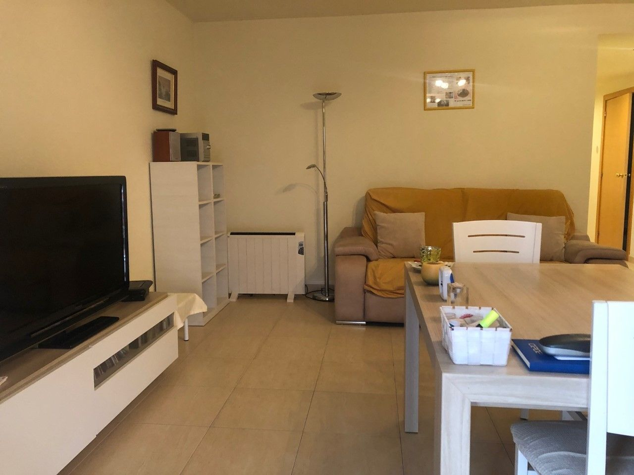 Piso  Carrer riuter. 3 hab.dobles ,parking y trastero