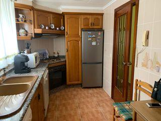 Appartamento  Calle vázquez de mella. Piso con 4 habitaciones con ascensor y calefacción