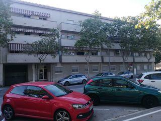 Parking voiture à Rd santa eulalia. Parking para coche