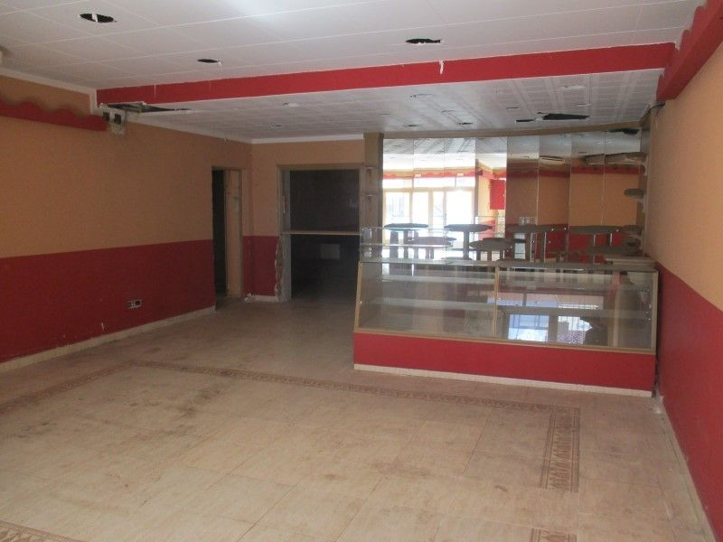 Alquiler Local Comercial en C/ angel guimera,. Local comercial