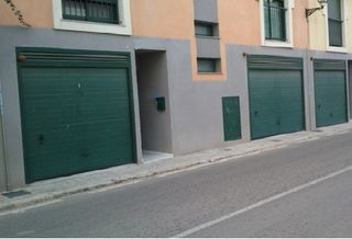 Car parking in C/ francisco carbonell. Parking para coche