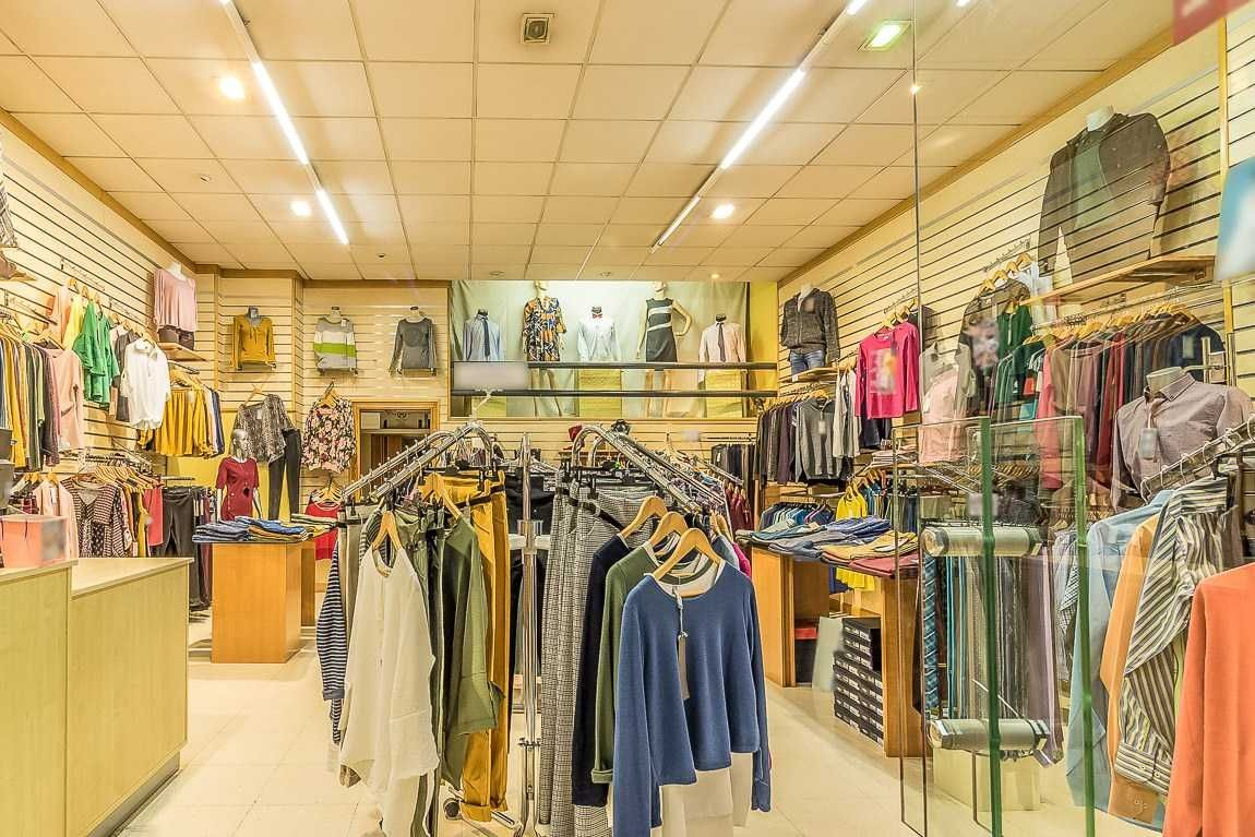 Local Comercial en C/ juan vicente mora berenguer. Local comercial