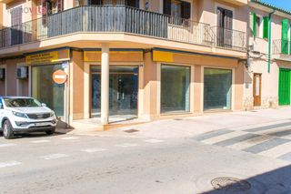 Local Comercial en Andratx. Local de 150 m2 + 150 m2 de sotano en andratx !!!