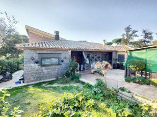 Villa in Sils. 2 casas por el precio de una!