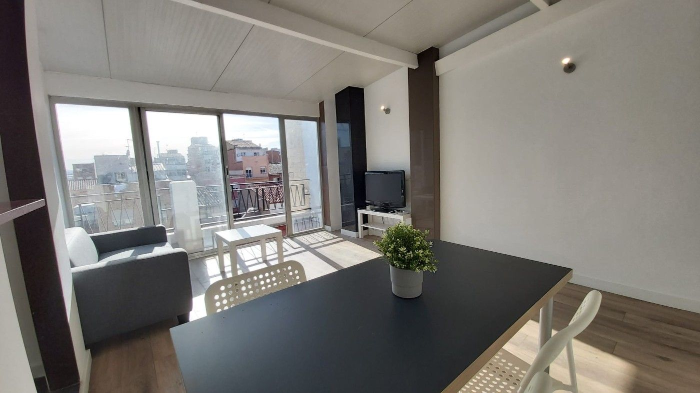 Rent Apartment in Carrer garriga, 67. Precioso apartamento disponible