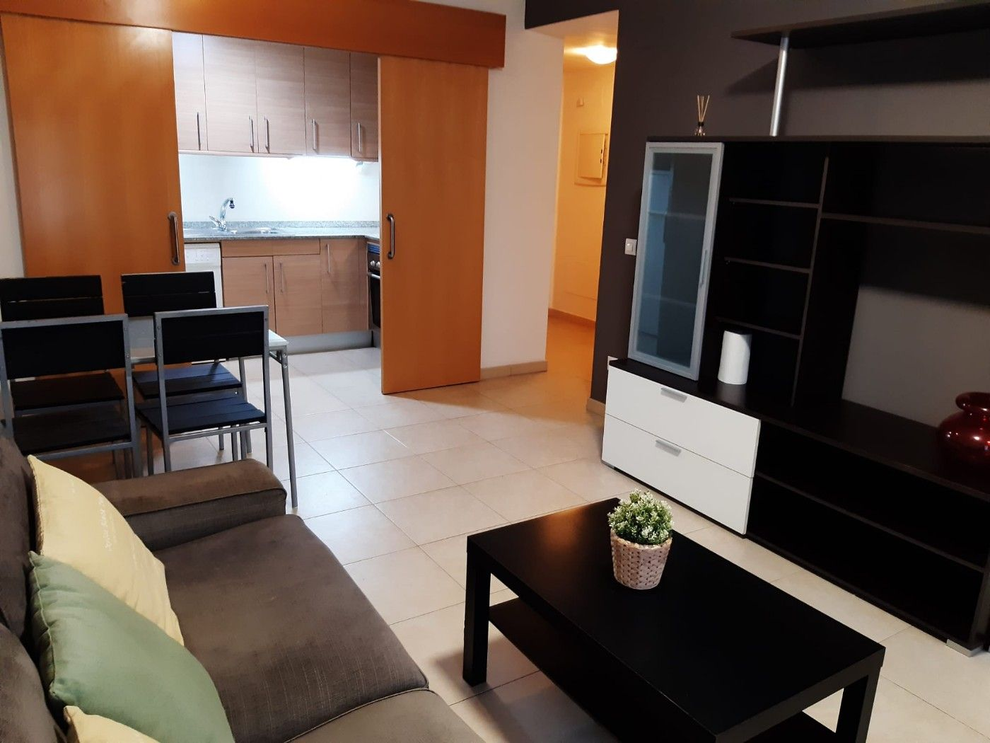 Flat in Carrer prolongacio raval, 1. 1 dorm, salon, cocina, baño, ext