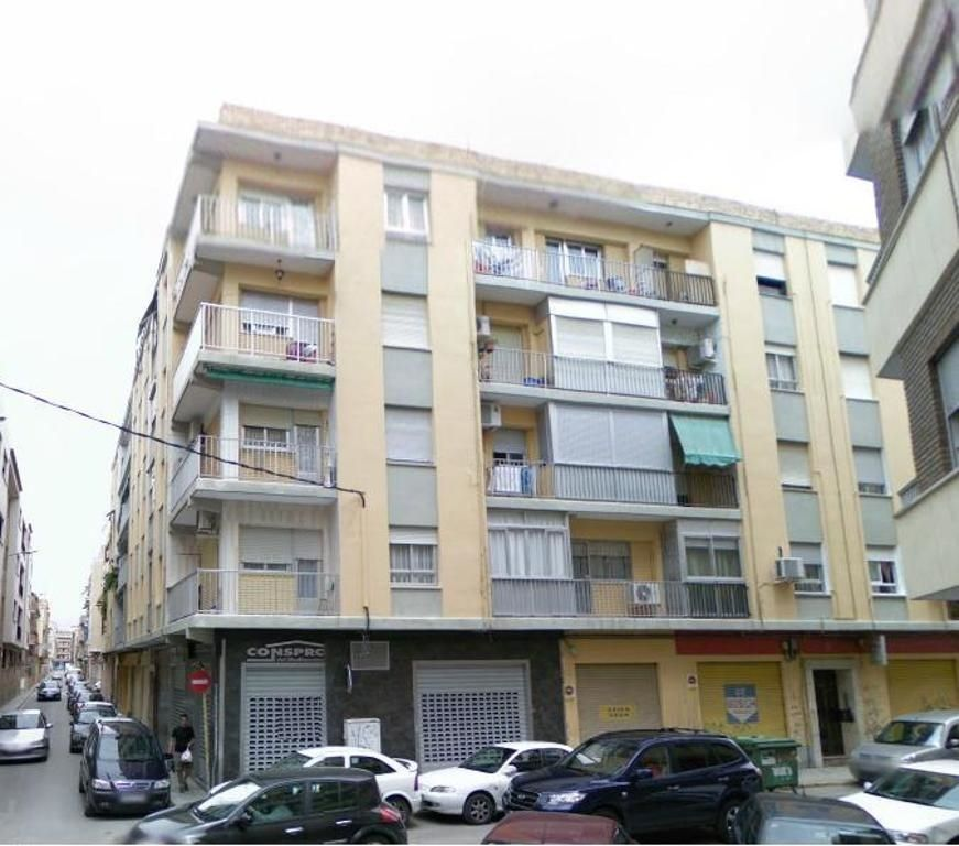 Appartement à Calle pintor sorolla, 25. A reformar