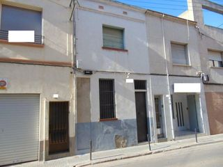 Casa adosada  Carrer infant marti (l´). Oportunidad