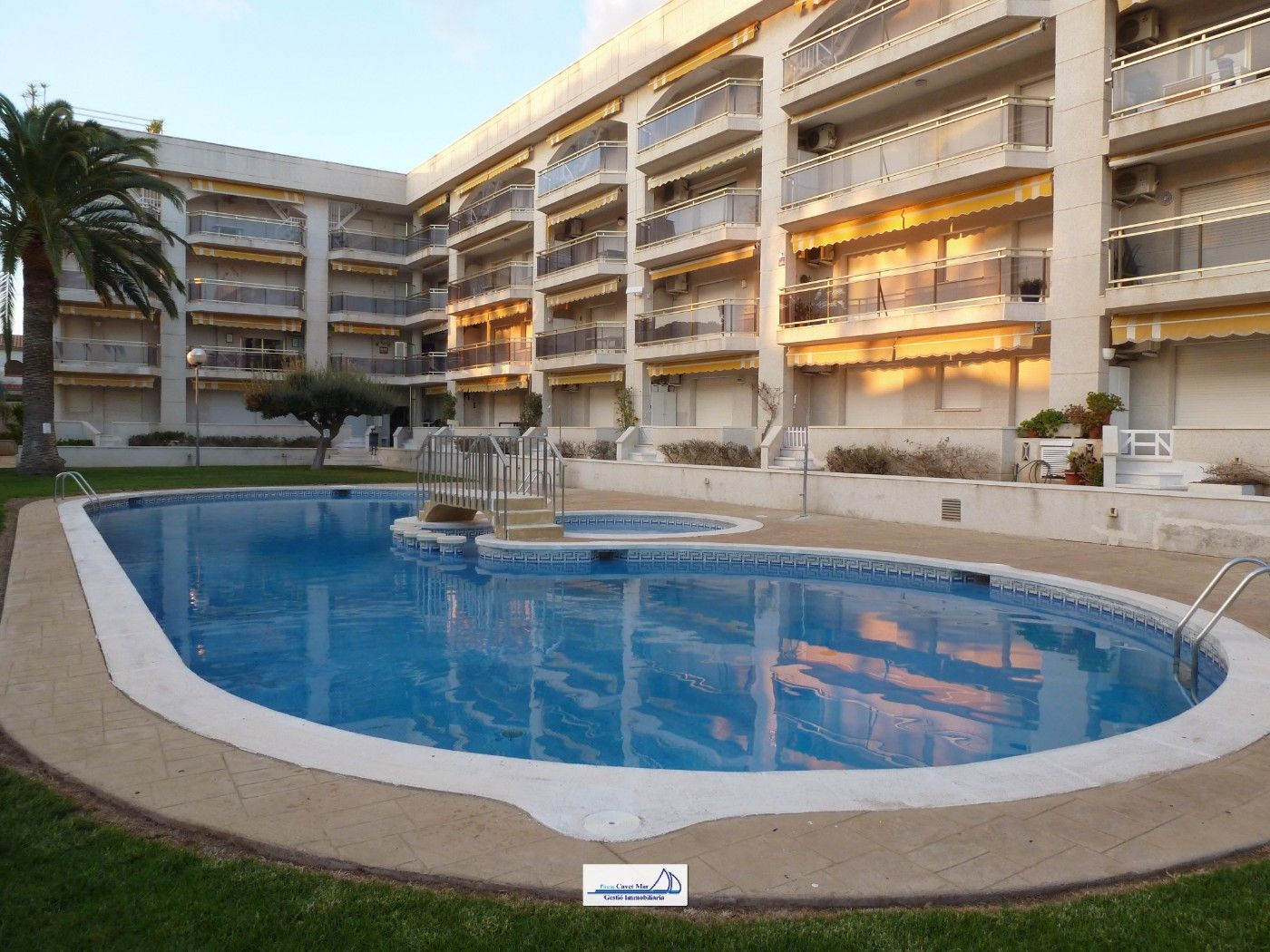 Apartment in Carrer del veler, 10. Atico a 150m de la playa !!!