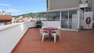 Appartamento  Avinguda josep tarradellas. Vivienda con gran terraza