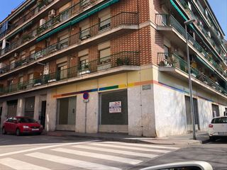 Rent Business premise in Sant miquel. Esquinero