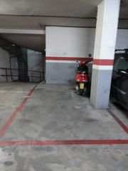 Parking coche en Carrer Cai Celi, 2