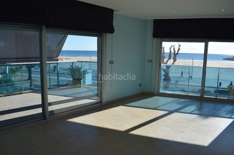 salón. Appartement mit heizung parking pool in Platja-Els Munts Torredembarra