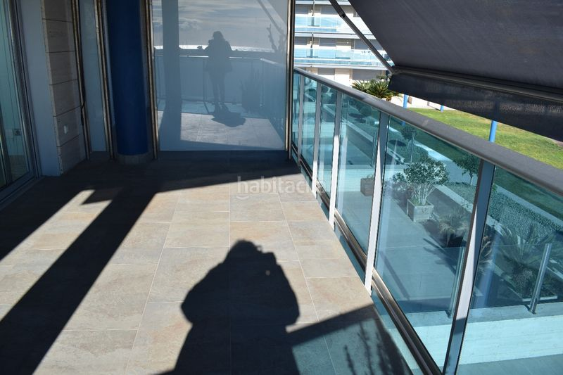 terraza. Appartement mit heizung parking pool in Platja-Els Munts Torredembarra