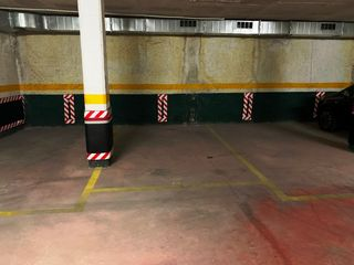 Parking coche en Gran Via Corts Catalanes, 441