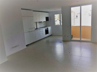 Location Appartement à Carrer f barcelo i combis, 16. Recien reformado