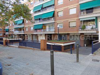 Local Comercial Ronda Sant Ramon. Local comercial diáfano