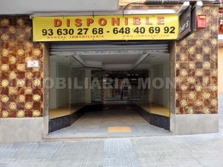Rent Business premise in Carrer antoni gaudí, 75. Amplio local comercial