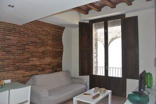 Holiday lettings Apartment  Carrer arc de sant agusti (l´). Céntrico inmueble de temporada