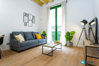 Holiday lettings Apartment  Carrer ferran. Renovado apt en el centro