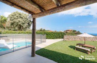 Casa a Sa Riera-Sa Fontanasa. Villa con piscina
