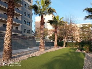 Rent Flat in Carrer jaume vidal alcover, 5. Impecable piso