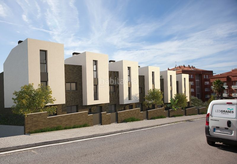 Carrer Joan Fuster, 14 Casas unifamiliares Sant Feliu de Llobregat