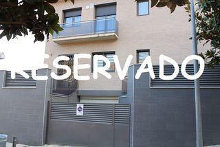 Casa  Carrer angel prats. Casa 4 vientos, 4hab, parking.
