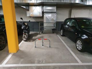 Parking coche en Carrer ca l´alegre de dalt, 52