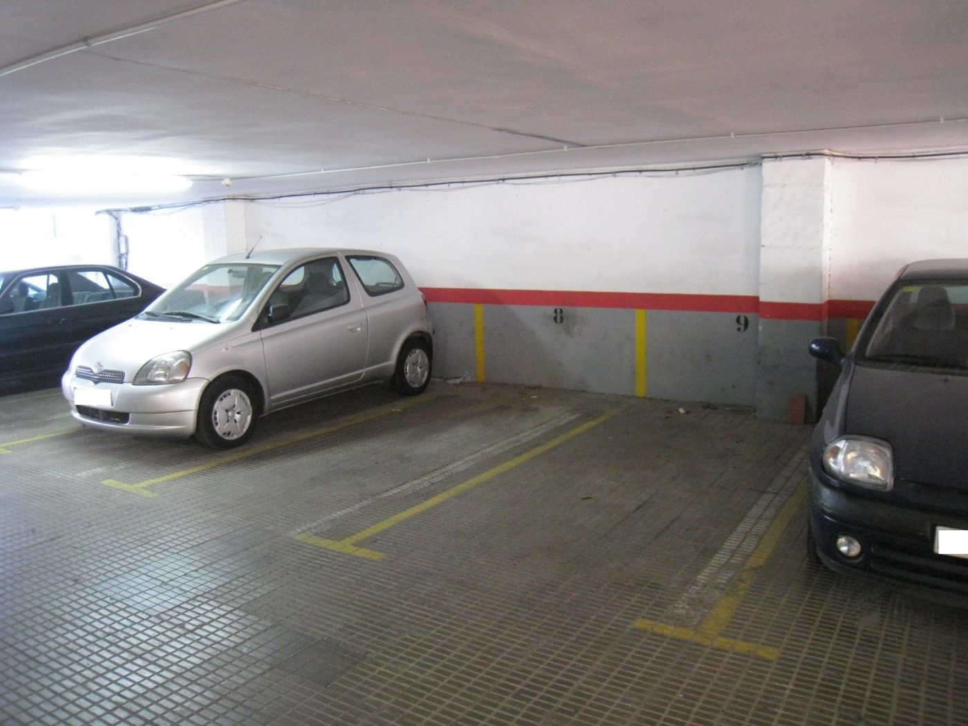 Parking coche en Carrer maignon, 38. Plaza de parking coche en gracia