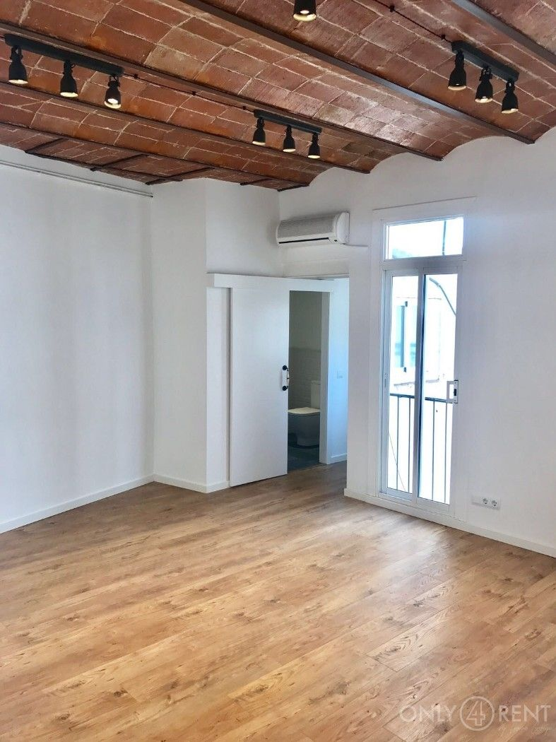 Location Appartement  Carrer avinyo. Piso con terraza en el gótico