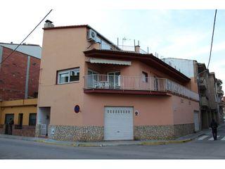 Casa Tordera. Casa en venta en nucli urbà