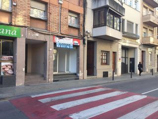 Local Comercial en Passeig terraple, 7. Estupendo local en alquiler