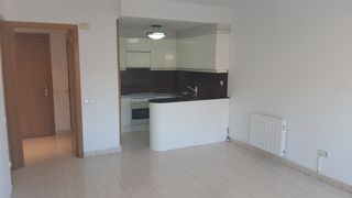Location Appartement à Creu Alta. Junto al corte inglés