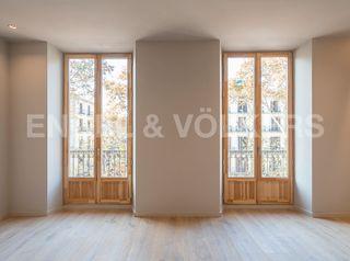 Apartamento en Gòtic. Obra nueva
