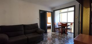 Rent Apartment  Carrer almagro. Exterior, soleado, 2 dormitorios