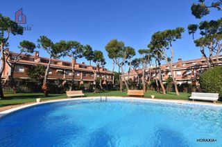 Affitto Casa a schiera in Gava Mar. Sin amueblar, impecable