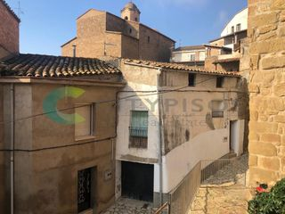 Semi detached house in Carrer Pavia