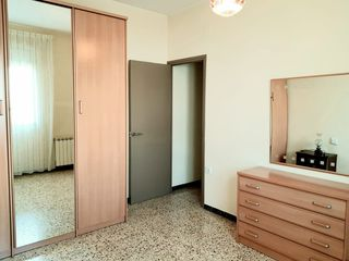 Location Appartement  Bosquet/ pavelló esports. Piso exterior reformado 3 hab.