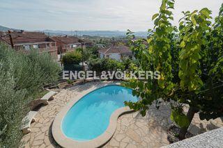 Casa en Els Avets-Can Serrafossà-Ximelis. Con impresionantes vistas