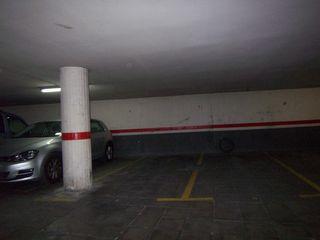 Posto auto in De les paus, 81. Parking c/ les paus