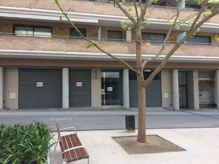 Alquiler Local Comercial  Avinguda andorra. Local zona hospital