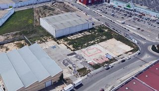 Industrial plot in Massanassa. En venta