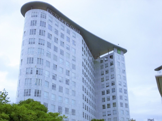 Rent Office space en Avda cortes valencianas, 58. Oficina en alquiler