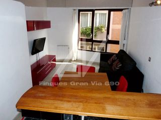 Rent Apartment  Carrer putget. Apto 2 hab, semi amueblado