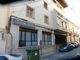 Local commercial  Carrer rector caldentey. Venta de local y vivienda juntos
