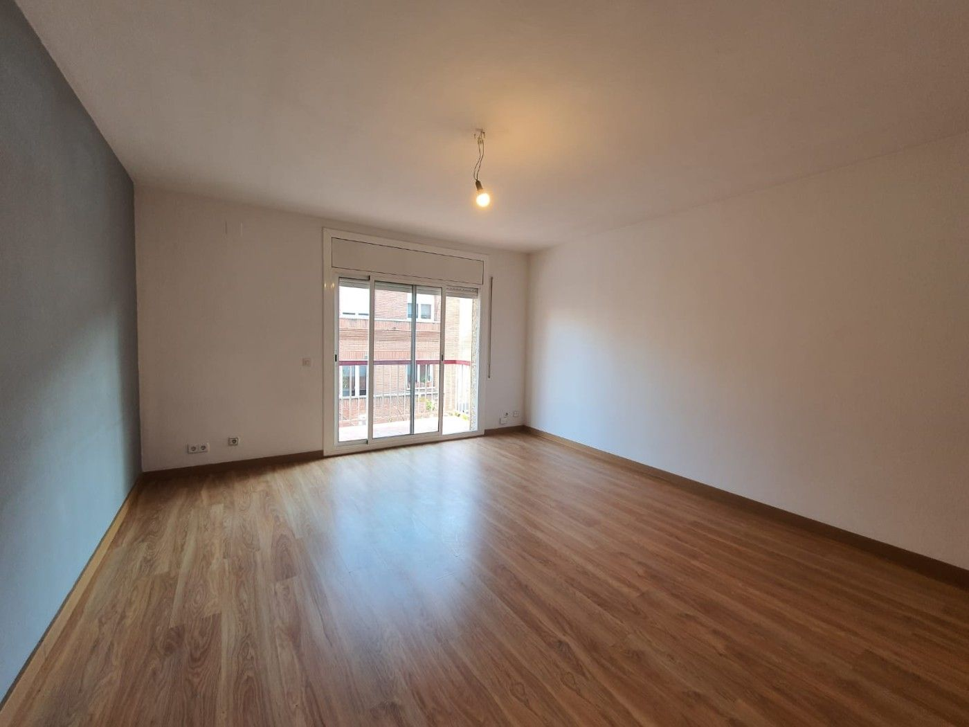 Rent Flat in Carrer baltasar d´espanya, 15. Grande y luminoso