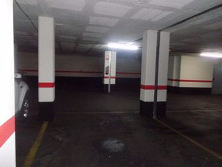 Car parking in Centre. Plaza doble